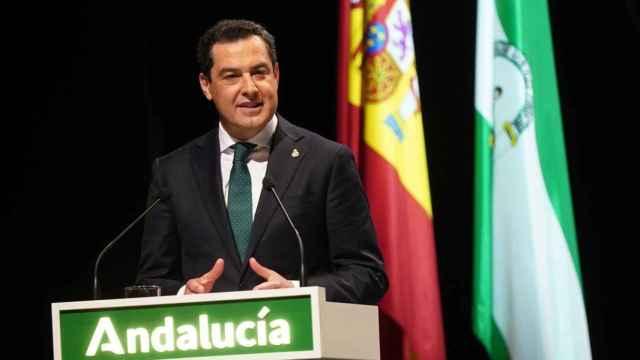 El presidente de la Junta de Andalucía, Juanma Moreno, durante su discurso por el 28F.