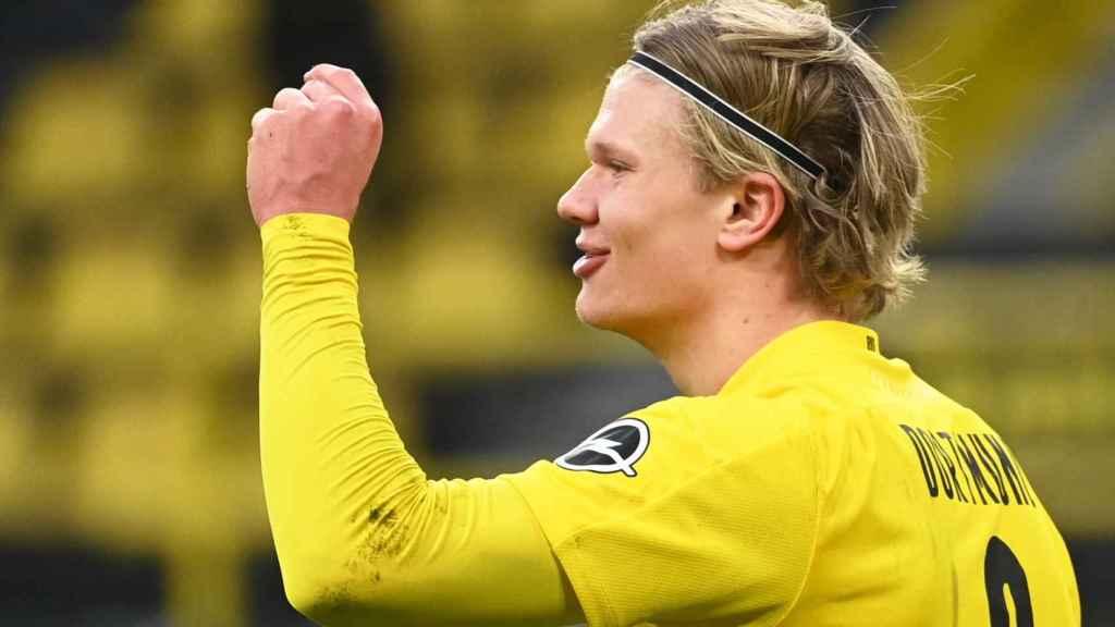Erling Haaland celebra un gol con el Borussia Dortmund