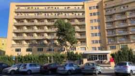 Vista del edificio de la vieja Fe habilitado como hospital Covid. EE