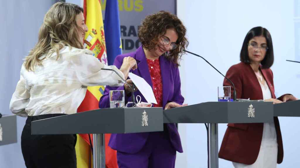 Yolanda Díaz, María Jesús Montero y Carolina Darias