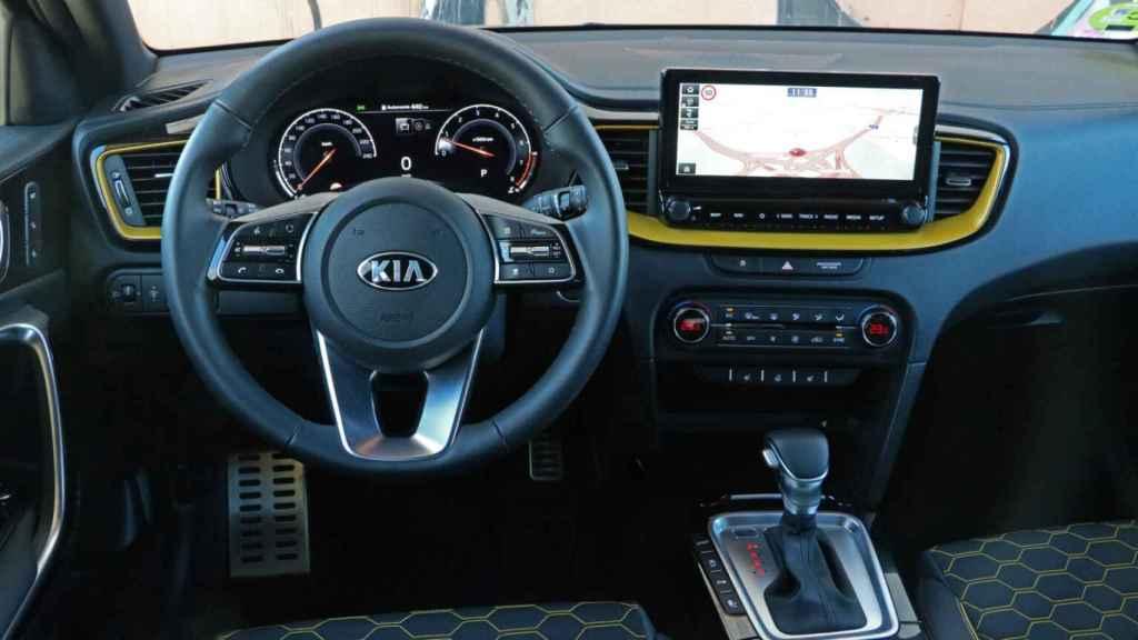 Interior del Kia XCeed.