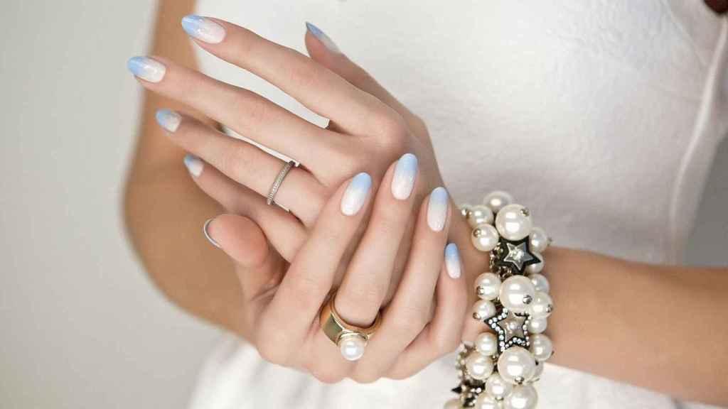 Ideas y consejos en manicuras de novia si te casas esta primavera.