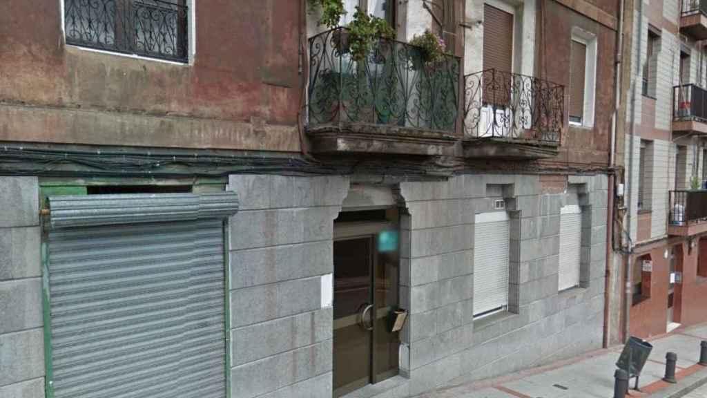 Portal del 33 de la calle La Iberia, donde fue asesinada Conchi.