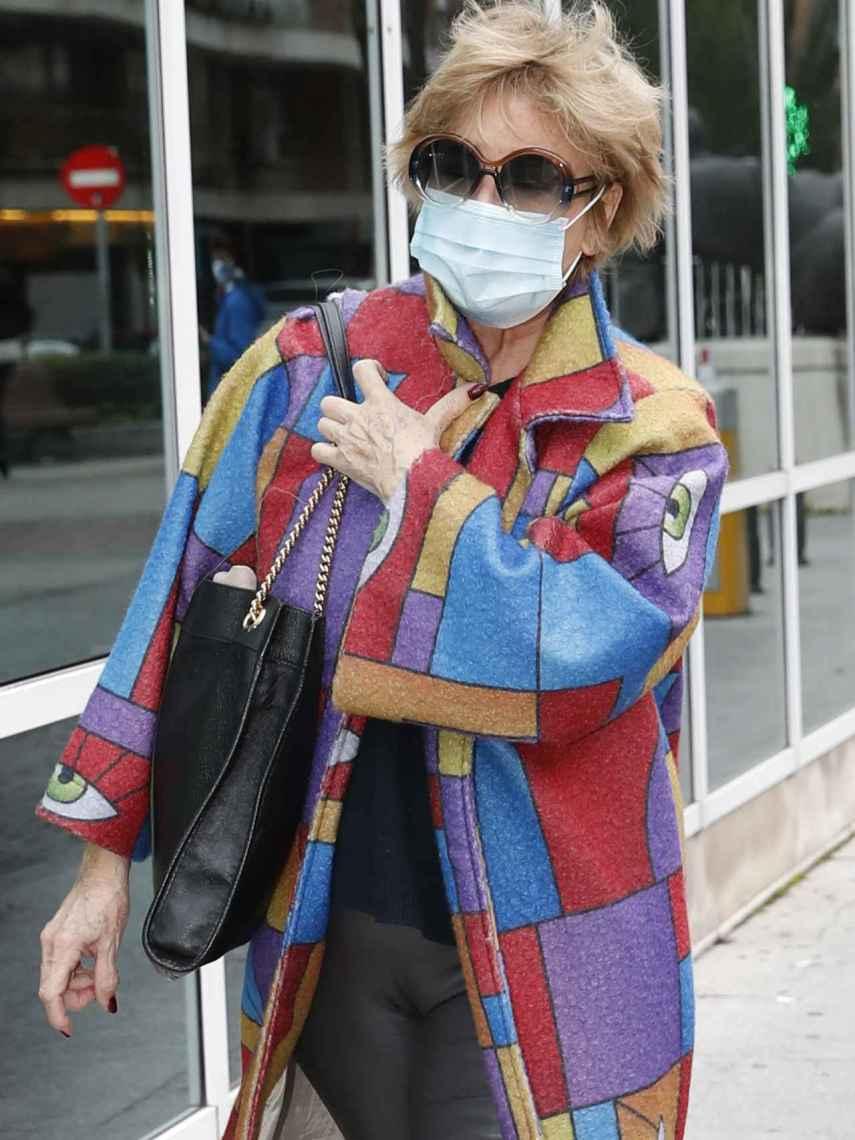 Mila Ximénez llegando al hospital La Luz.