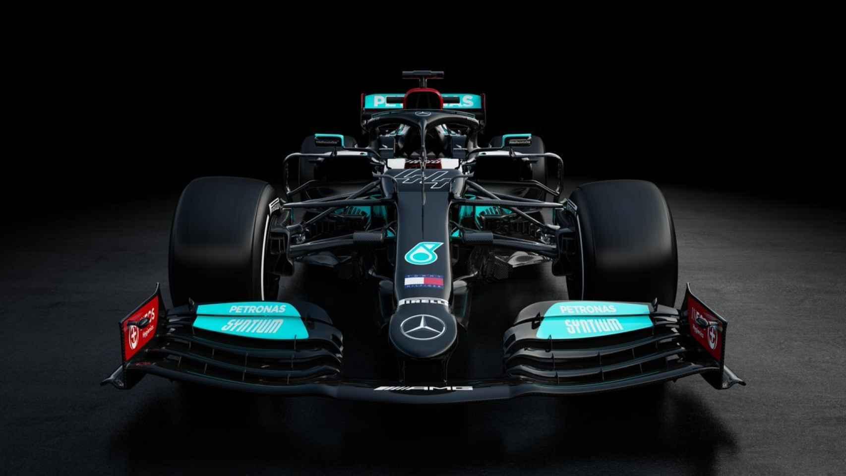 Mercedes presenta el W12 para la temporada 2021 de Fórmula 1