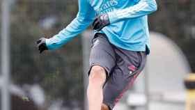 Karim Benzema, durante un entrenamiento del Real Madrid