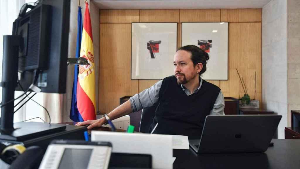 Pablo Iglesias, vicepresidente segundo del Gobierno, en su despacho del Ministerio de Derechos Sociales.