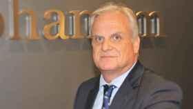 Carlos Valverde, director de la oficina de Diaphanum en Murcia.