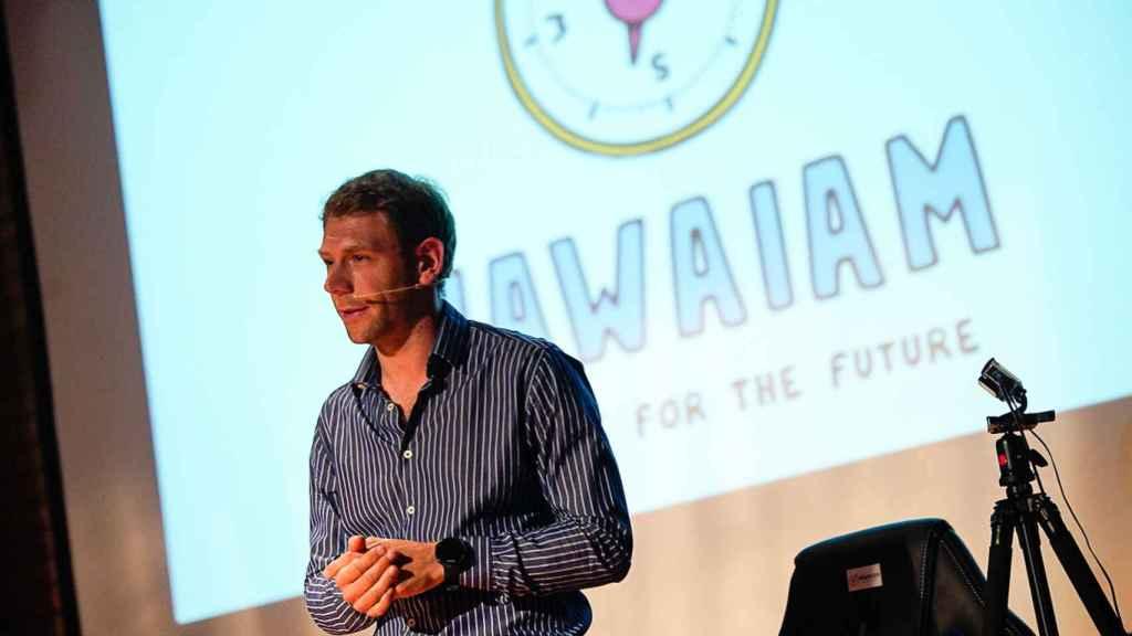 Javier Krawicki, fundador de Nawaiam, durante una conferencia.