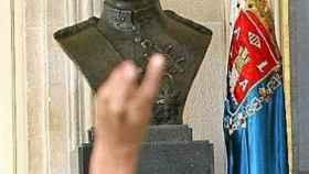 Busto del Rey emerito Juan Carlos I en el Ayuntamiento.