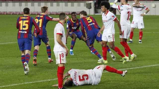 Gerard Piqué celebra el 2-0 del Barcelona al Sevilla