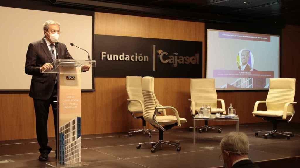 Rogelio Velasco en la presentación del informe de BDO