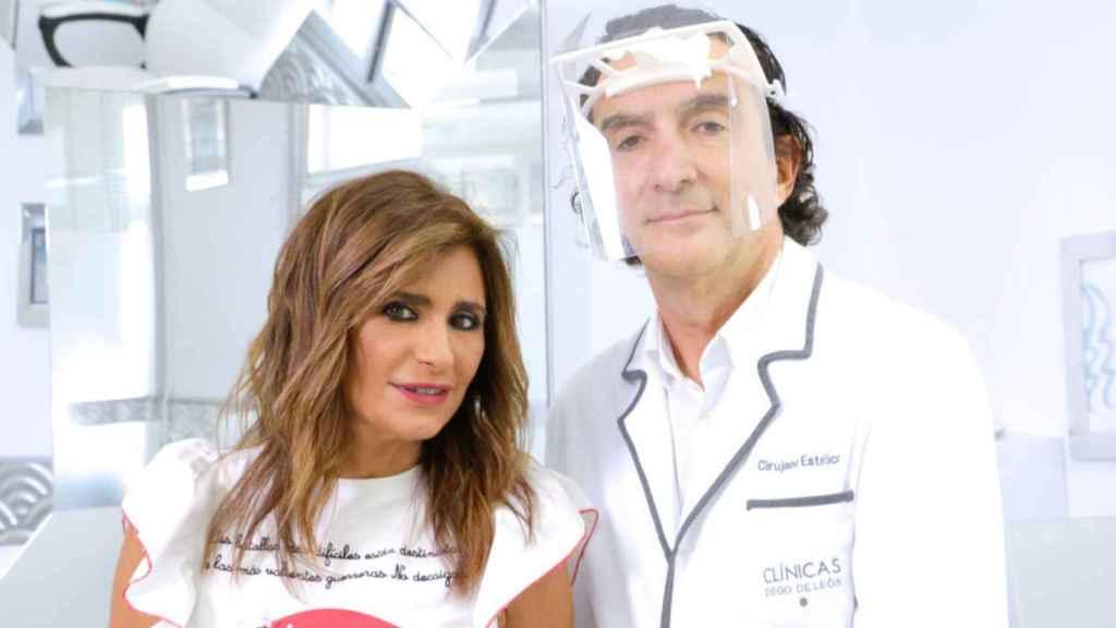 Gema junto al doctor De la Peña en una imagen de las redes sociales.