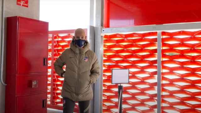 Virginia Torrecilla entrando en las instalaciones del Atlético de Madrid