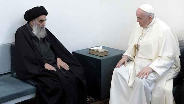 El papa Francisco se reunió con el ayatolá Al Sistani en Nayaf