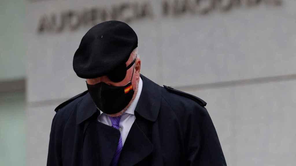 El excomisario José Manuel Villarejo a su salida este jueves de la Audiencia Nacional.