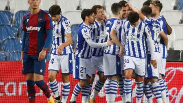 La Real Sociedad celebra su victoria contra el Levante