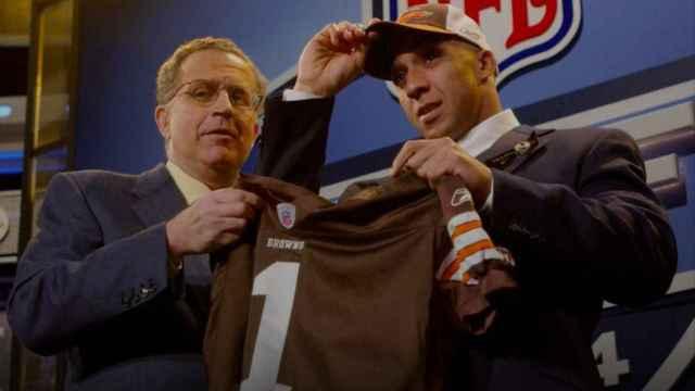 Winslow tras la celebración de su draft y su elección por los Cleveland Browns