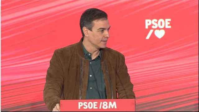 Pedro Sánchez participa en el acto 'Feminismo con memoria' organizado por el PSOE este domingo.