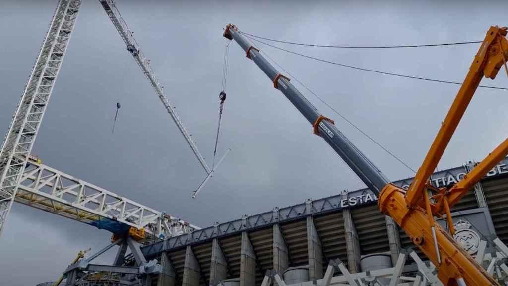 El 'tirachinas' en acción en el Santiago Bernabéu