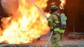 Un hombre de 80 años muere de madrugada en un incendio en Cabanes (Castellón)