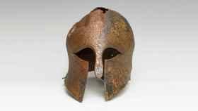 El casco de bronce griego.