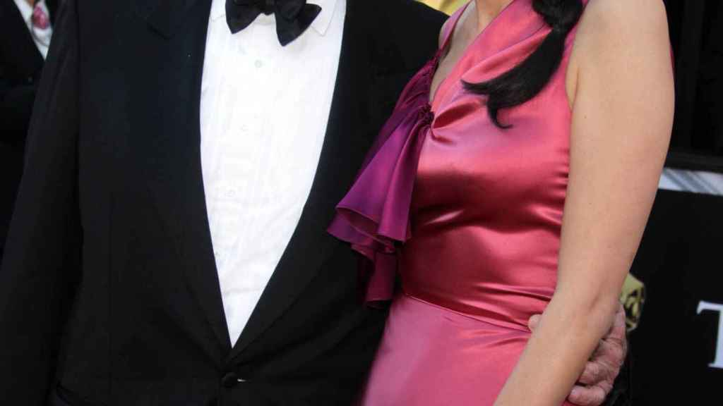 Murdoch with Wendi Deng during the Oscars 2011.
