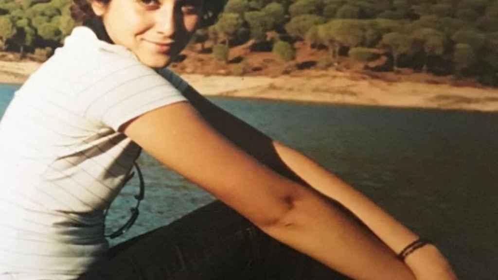El fotomatón de Ayuso en cinco disparos: la niña misteriosa que acabó  casada con la política