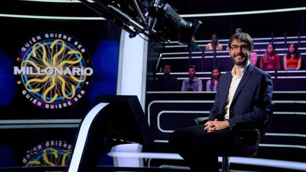 Juanra Bonet presentará la versión con famosos de '¿Quién quiere ser millonario?'.