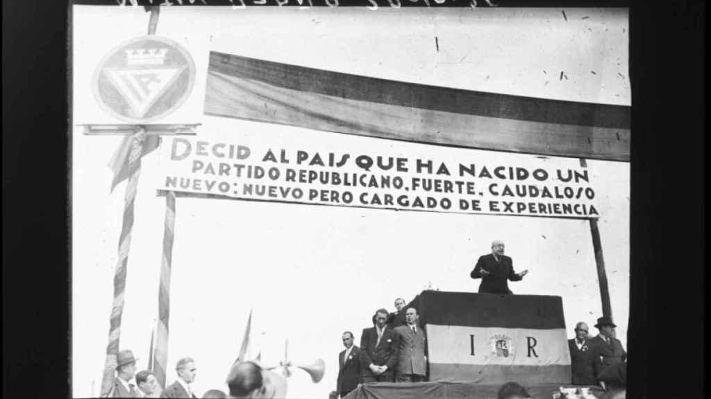 Manuel Azaña, durante un mitin de Izquierda Republicana en Madrid.