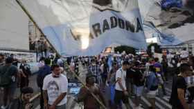 Multitud durante la marcha para pedir justicia por Maradona