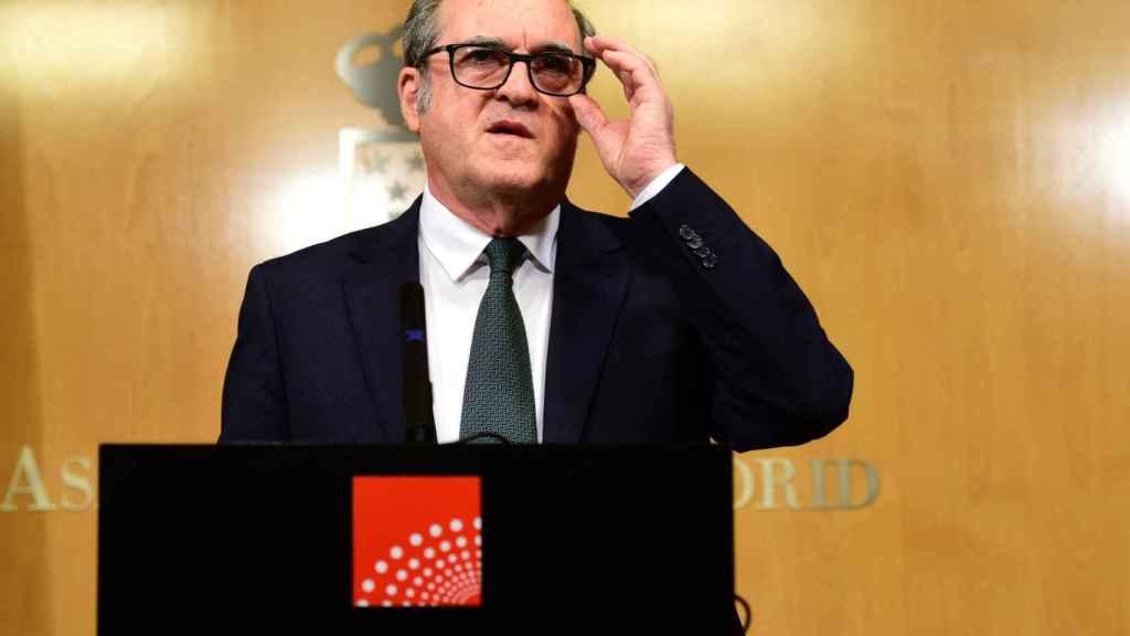 El PSOE sólo mantiene a Ángel Gabilondo para la moción: Si hay elecciones, habrá que hablar con él