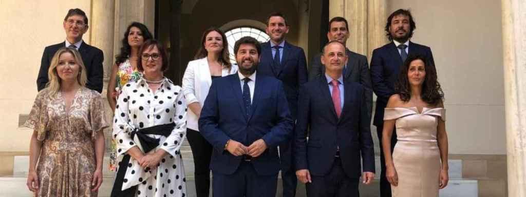 Posado de familia del Gobierno regional de coalición entre PP y Ciudadanos.