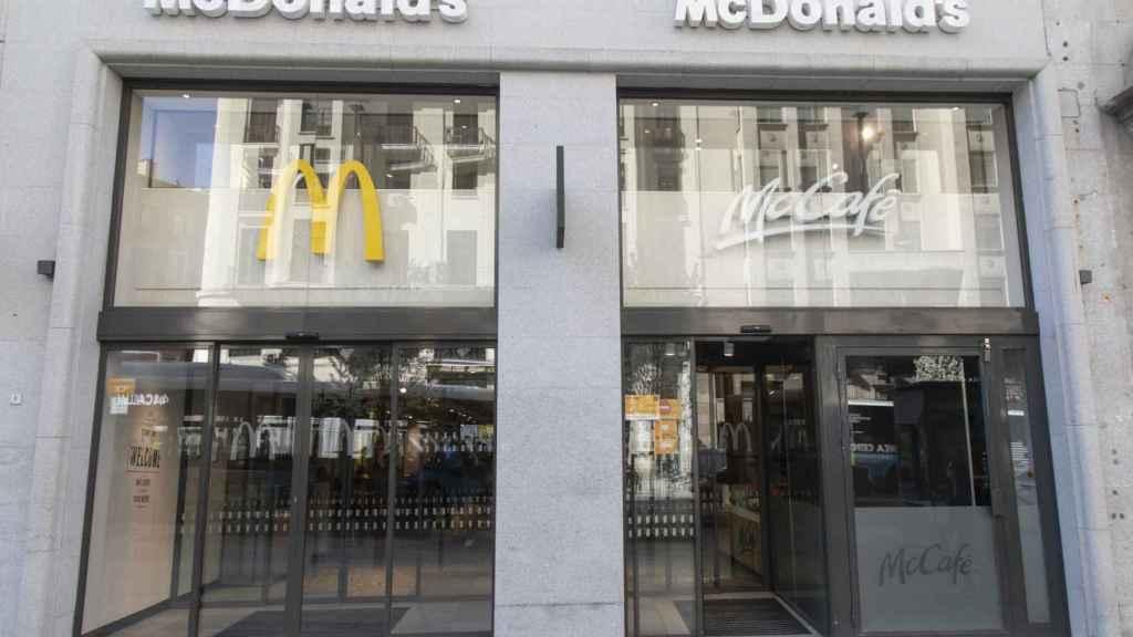 El McDonald's de la calle Gran Vía, 55, es el primero que se abrió en España.