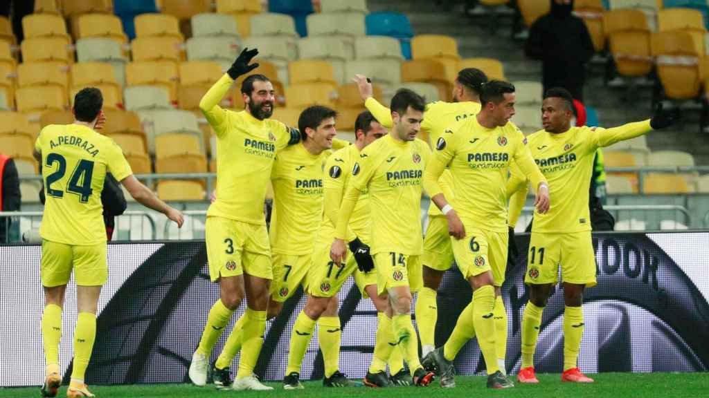 El Villarreal celebra su gol ante el Dinamo de Kiev