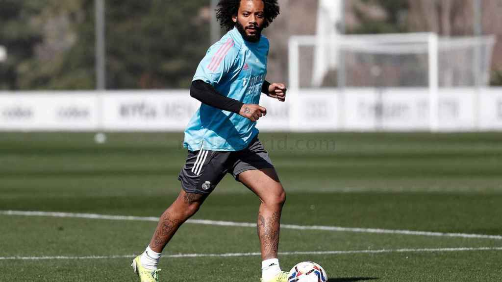 Marcelo, durante un entrenamiento con el Real Marid