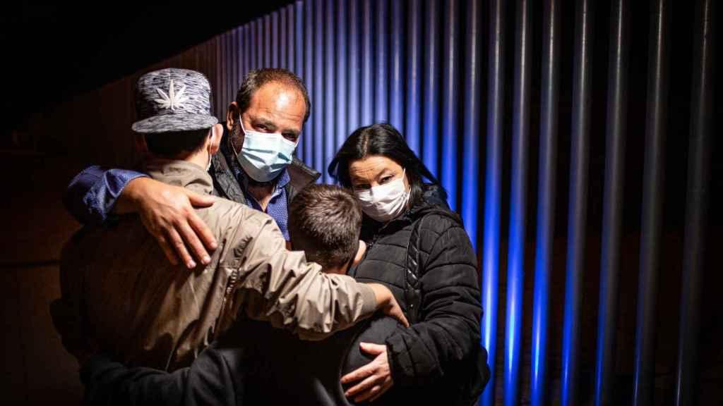 Raúl junto a su mujer y a sus hijos de 12 y 16 años.