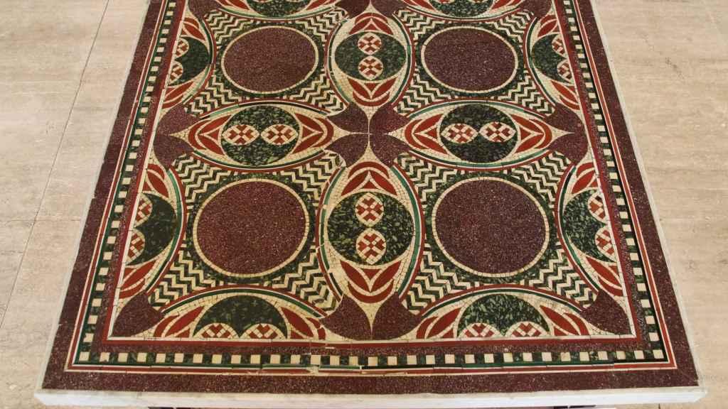El mosaico perdido de Calígula expuesto desde este jueves en el Museo de Nemi.