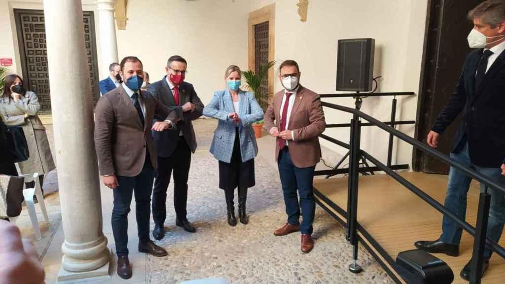 Diego Conesa (PSOE) y Ana Martínez Vidal (Cs) en Lorca en su declaración institucional.