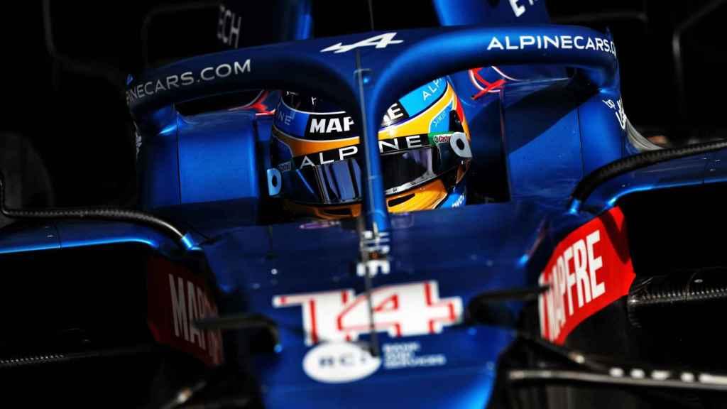 Fernando Alonso, durante los test de pretemporada en Barein