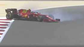 Carlos Sainz se sale de la pista en los test de Baréin
