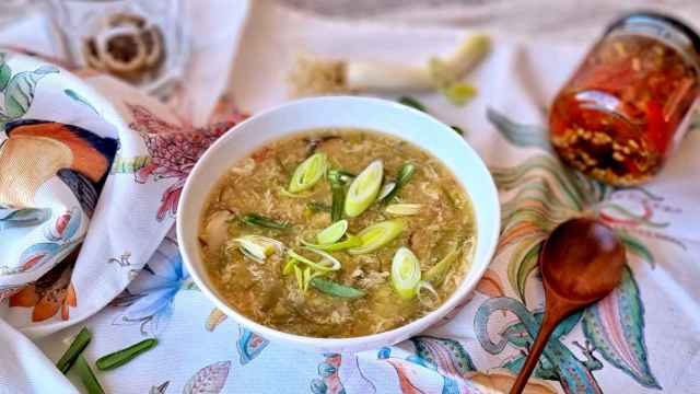 Sopa agripicante de verduras de primavera