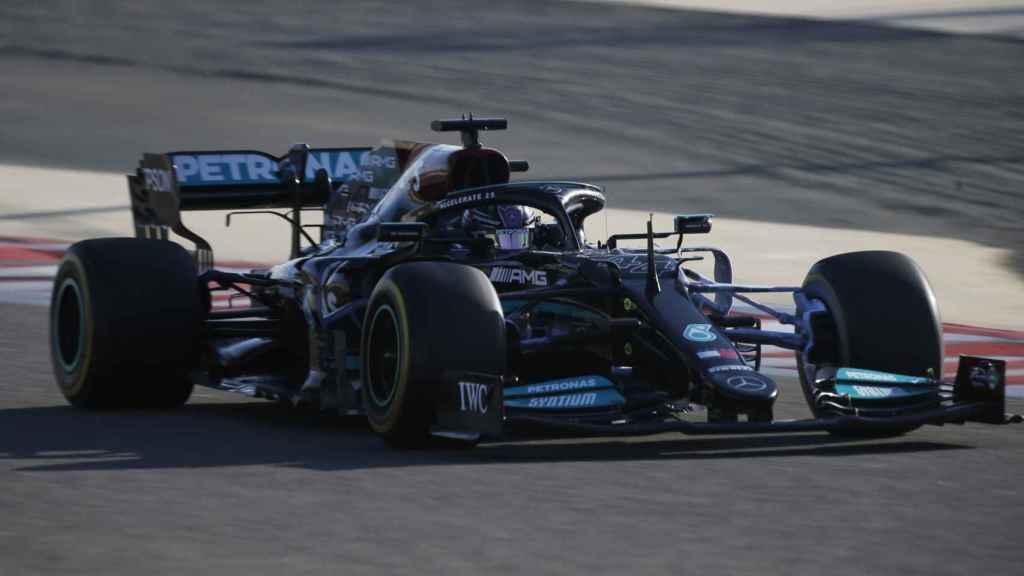 Lewis Hamilton en los test oficiales de pretemporada en Bahrein