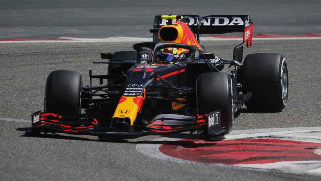 'Checo' Pérez en los test oficiales de Bahrein
