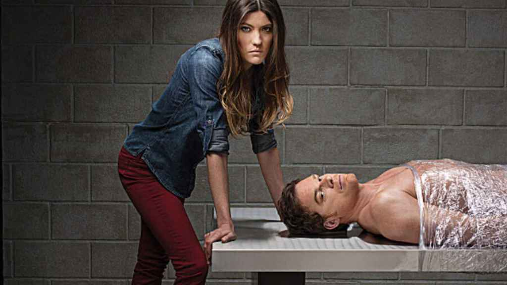 Jennifer Carpenter y Michael C. Hall en una imagen promocional de la serie en 2012.