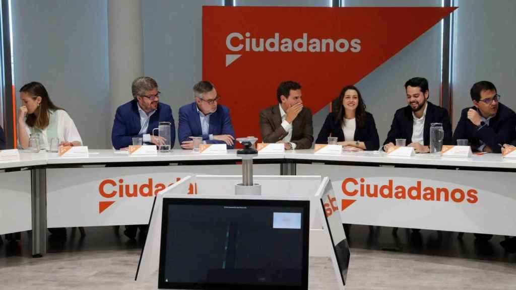 Hervías, durante una reunión de la Ejecutiva de Ciudadanos en 2019, con Rivera y Arrimadas, entre otros.