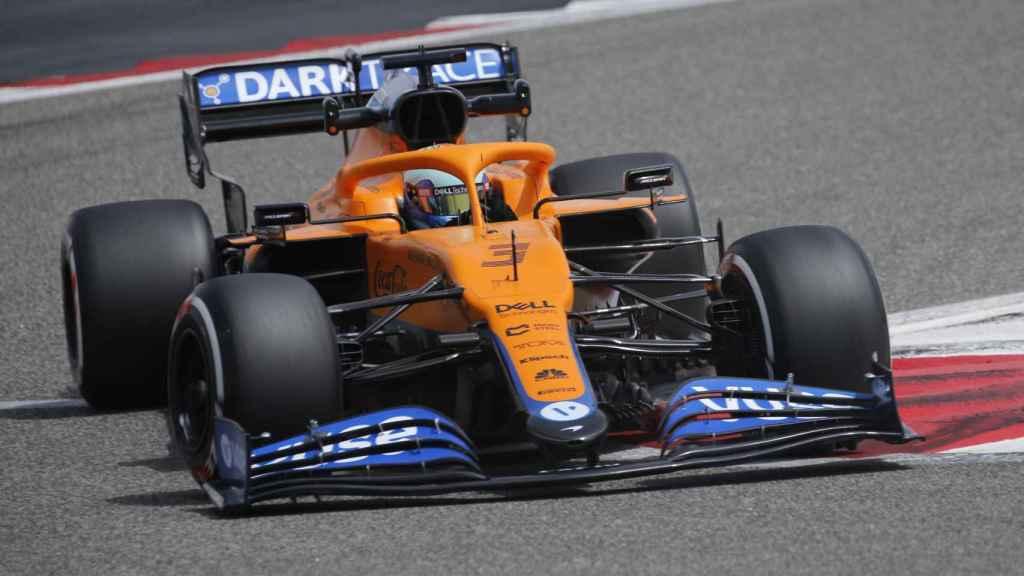 Ricciardo en los test de Bahrein con McLaren