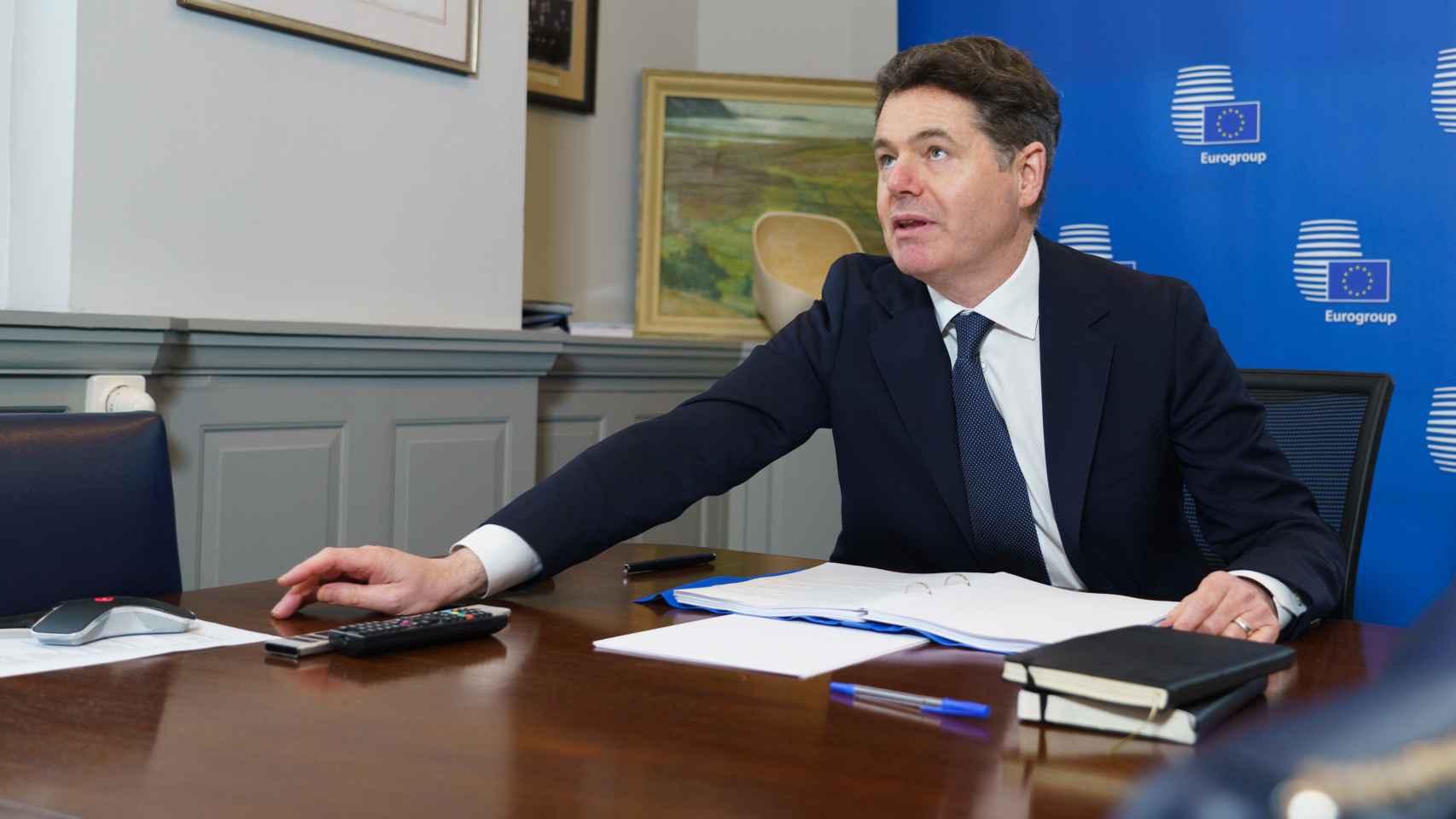 El presidente del Eurogrupo, Paschal Donohoe, durante la videoconferencia de este lunes