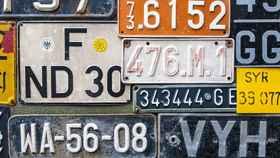 La DGT plantea cambiar la matrícula de seis millones de coches: así te afectan todas las modificaciones