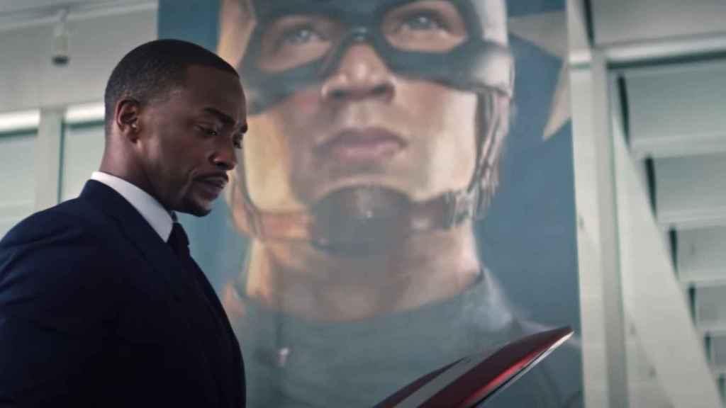 El fantasma de Capitán América sigue presente en 'Falcon y el Soldado de Invierno'.